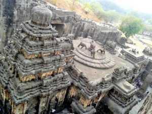 Храм Кайласа.